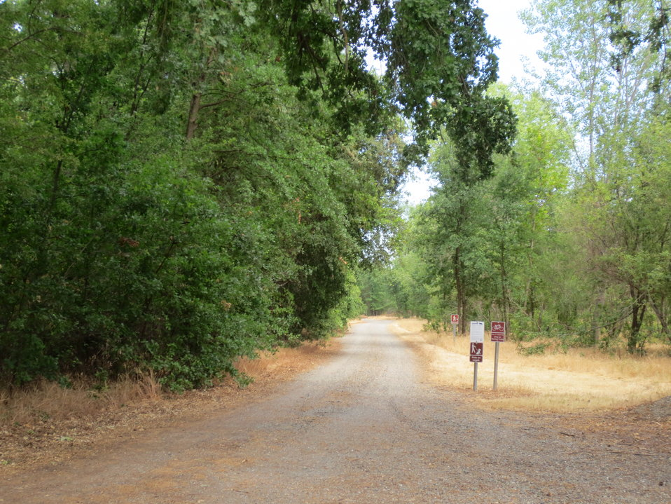 Enterance to the Rio Vista Unit of the Sacramento River NWR