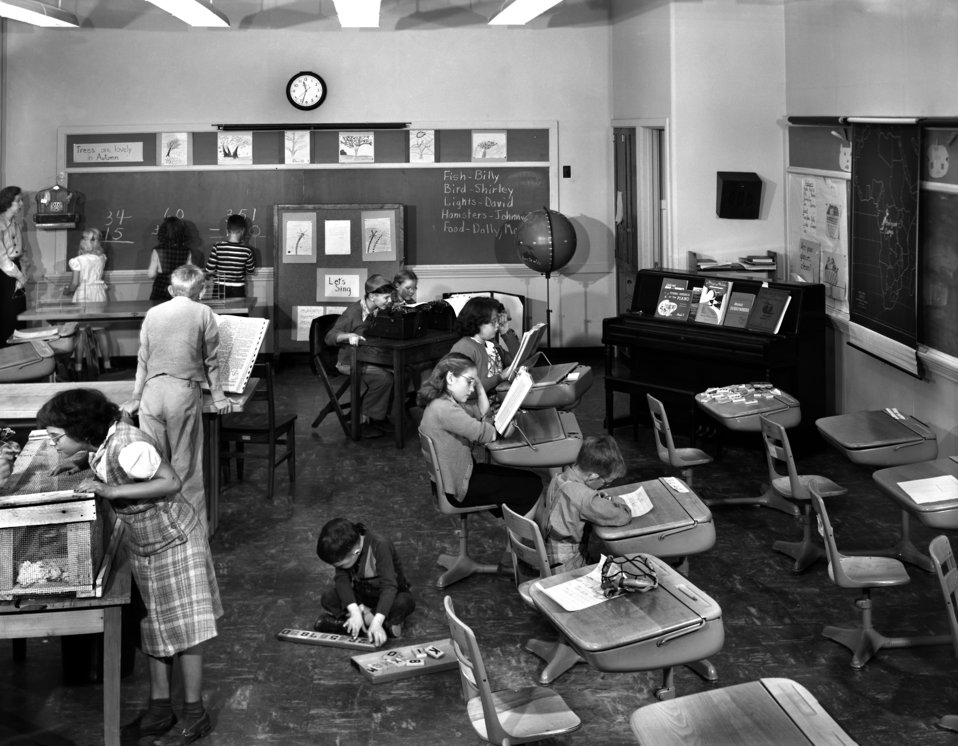 Cedar Hill School 'Light-Saving Room' Lions Club Oak Ridge 1948