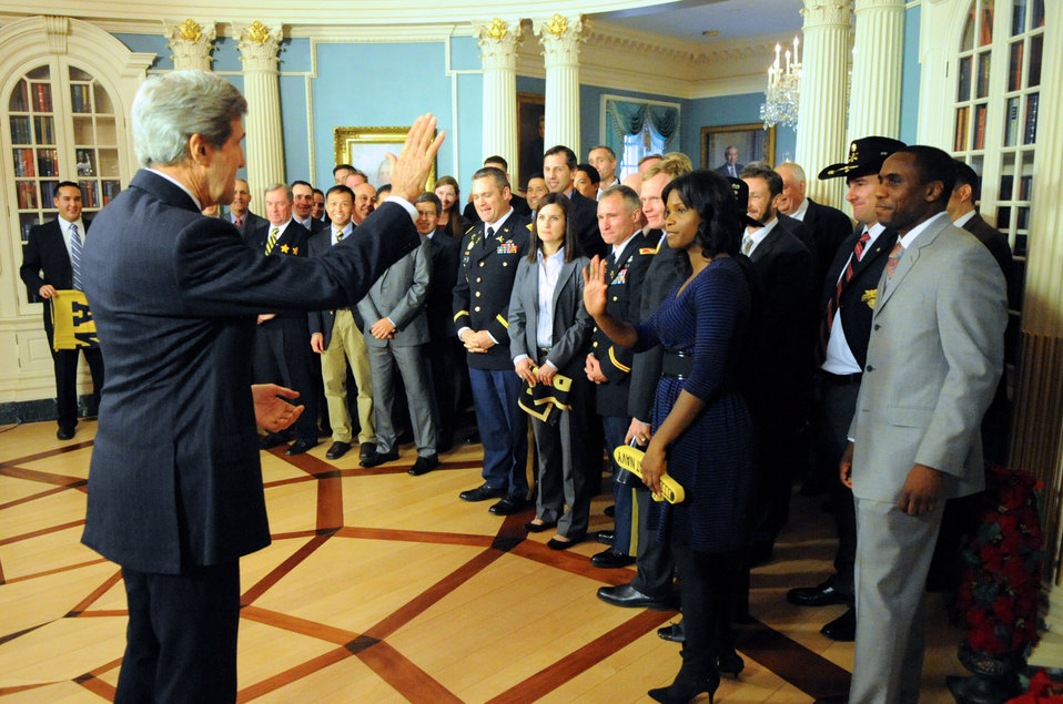 Secretary Kerry Says Goodbye to Veterans and Military Members