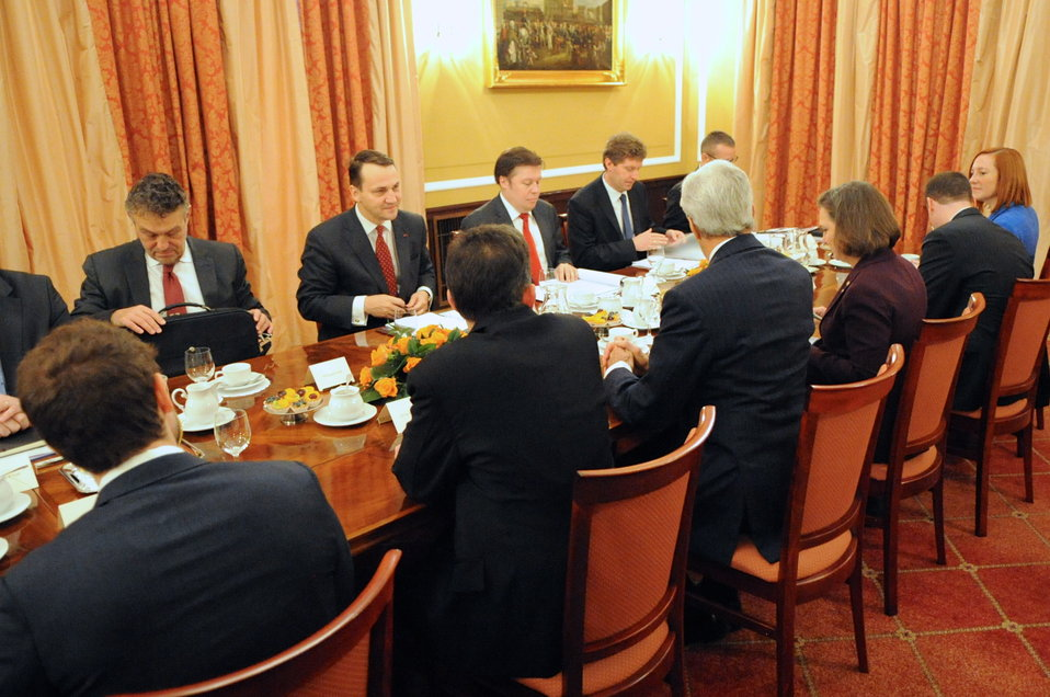 Secretary Kerry and Staff Meet With Polish Foreign Minister Sikorski and Counterparts