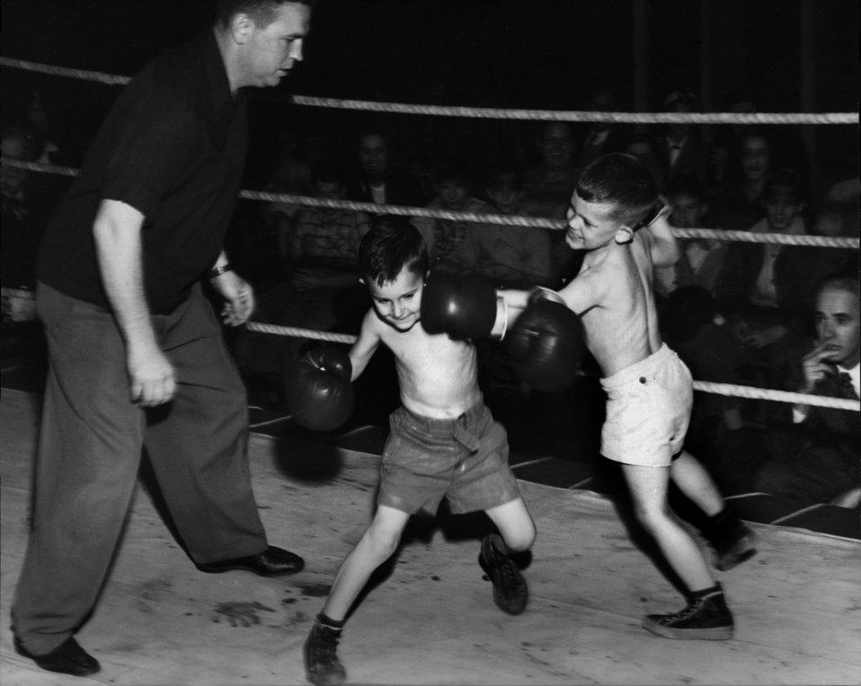 Small Boys Boxing Oak Ridge