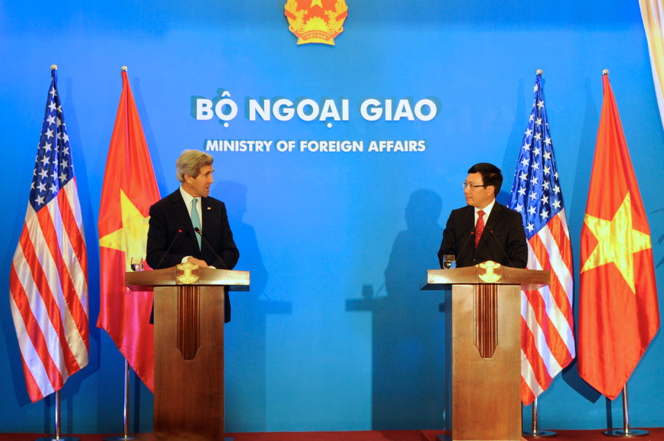 Secretary Kerry Holds a News Conference With Vietnamese Foreign Minister Minh