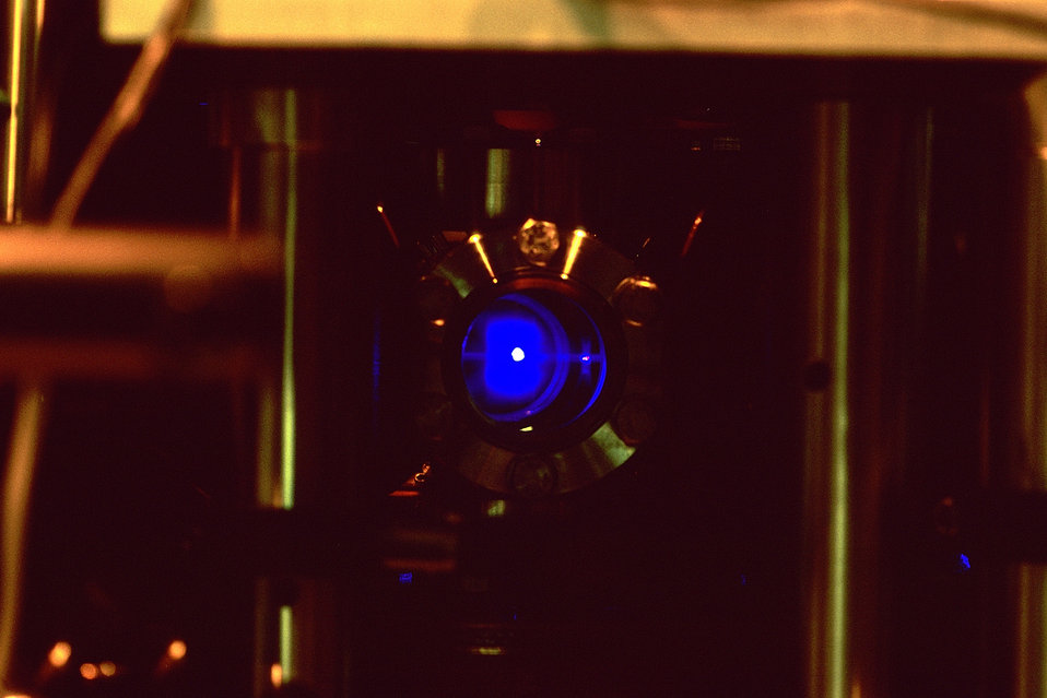 Strontium Atomic Clock Demonstrates Super-Fine 'Ticks'