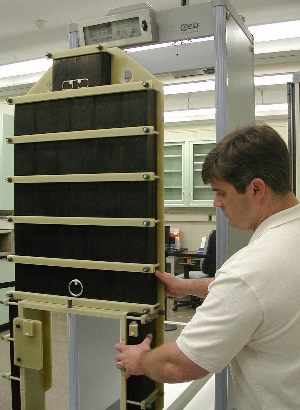Electromagnetic Phantom; Metal Detectors