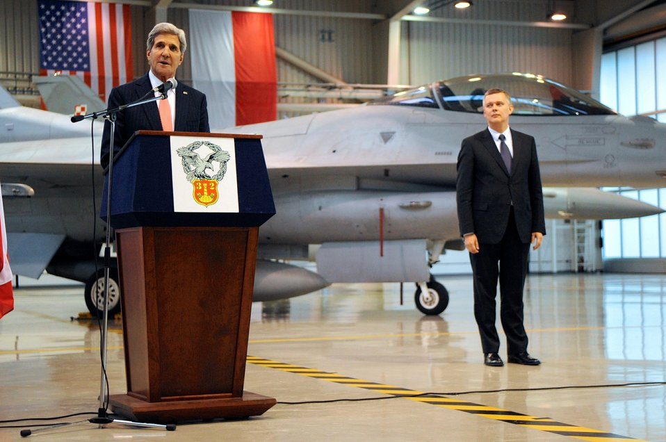 Secretary Kerry Salutes U.S.-Polish Military Cooperation
