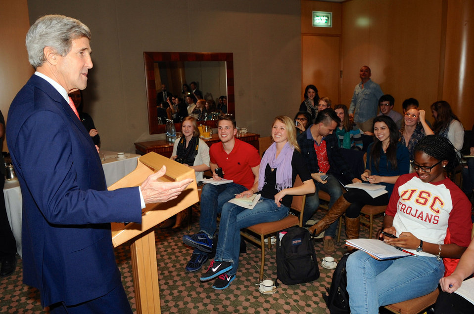 Secretary Kerry Speaks With U.S. College Newspaper Editors in Jerusalem