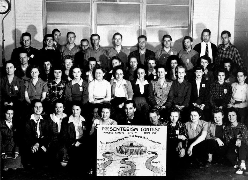Presenteeism Contest Group Oak Ridge 1944
