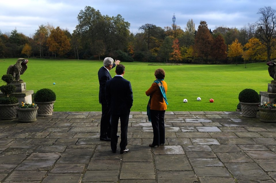 Secretary Kerry and EU High Representative Ashton Speak at Winfield House in the United Kingdom