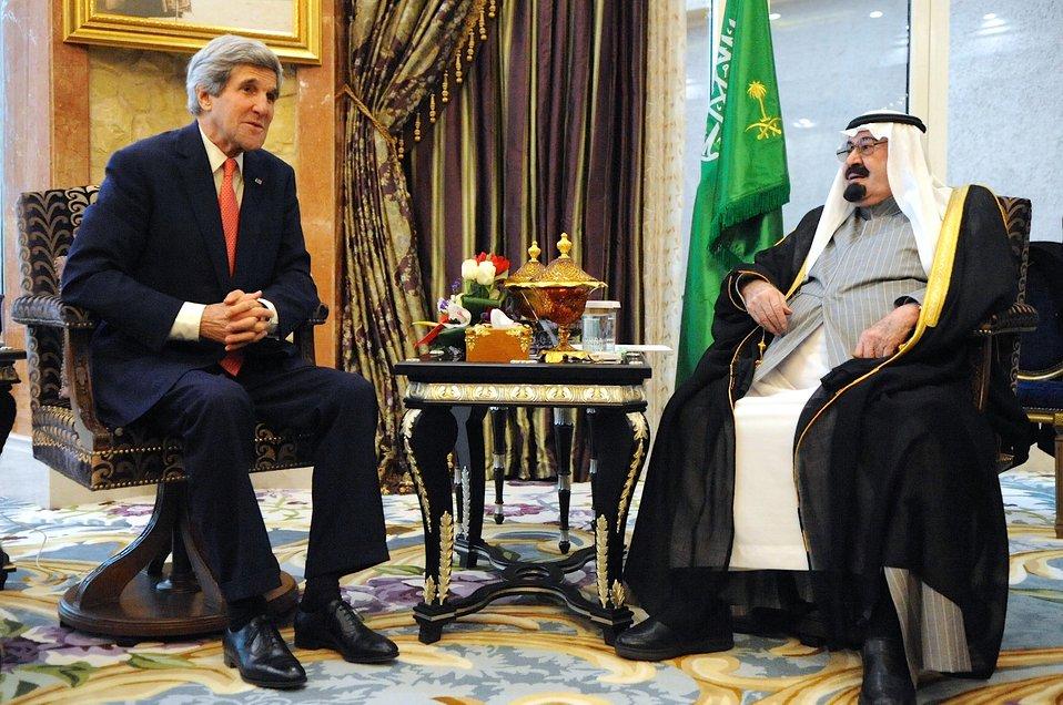 Secretary Kerry Meets With Saudi King Abdullah