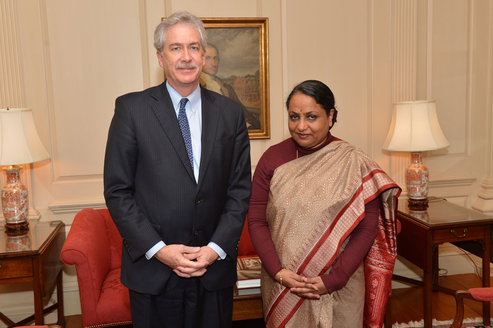 Deputy Secretary Burns Poses for a Photo With Indian Foreign Secretary Singh