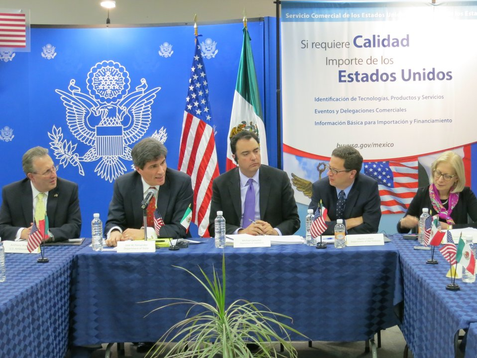 Assistant Secretary for International Finance Charles Collyns visits Mexico City with group to deepen economic relations