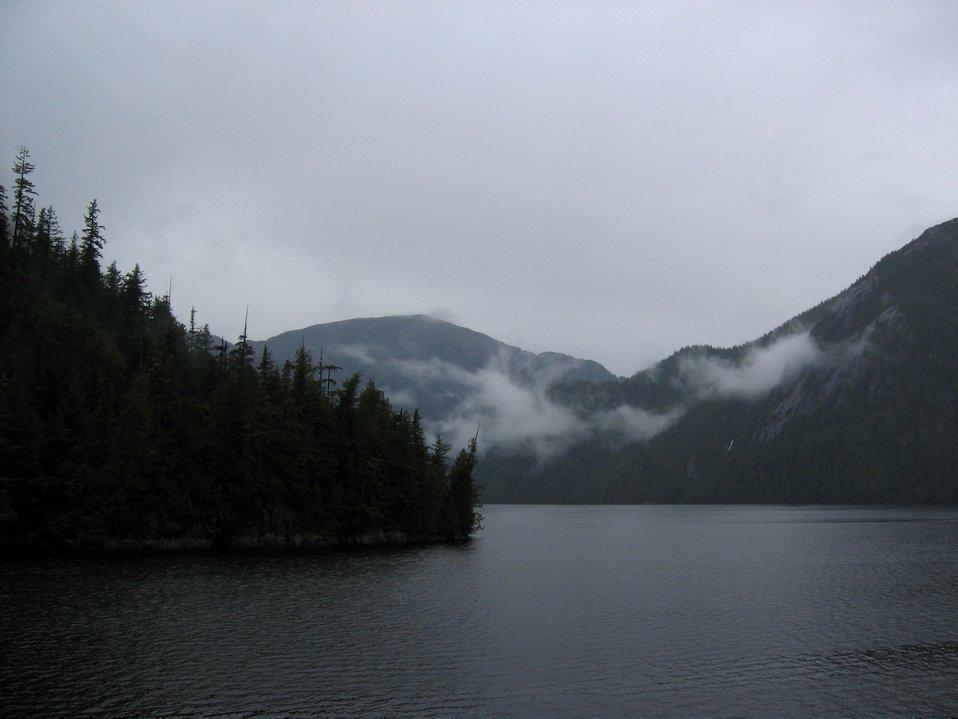 Vistas of mountain, mist, and sea.