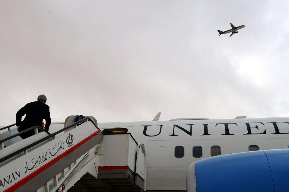 Secretary Kerry Departs Amman En Route to Tel Aviv