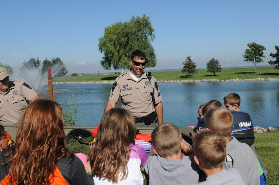 School group at Maumee Bay with Ohio DNR Division of Wildlife