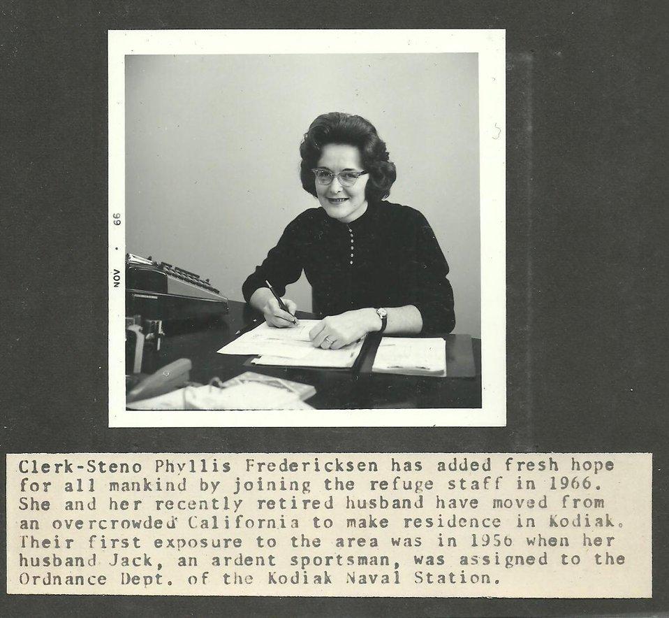 (1966) Clerk-Steno Fredericksen