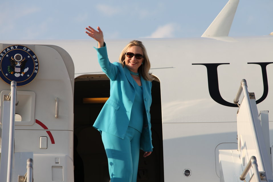 Secretary Clinton Departs Nay Pyi Taw En Route to Rangoon