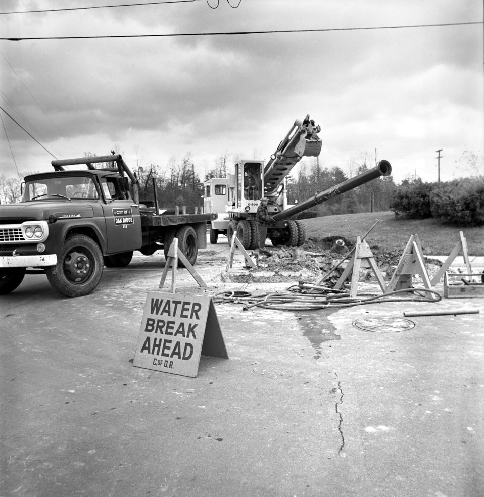 Water Pipe Work Oak Ridge 1968