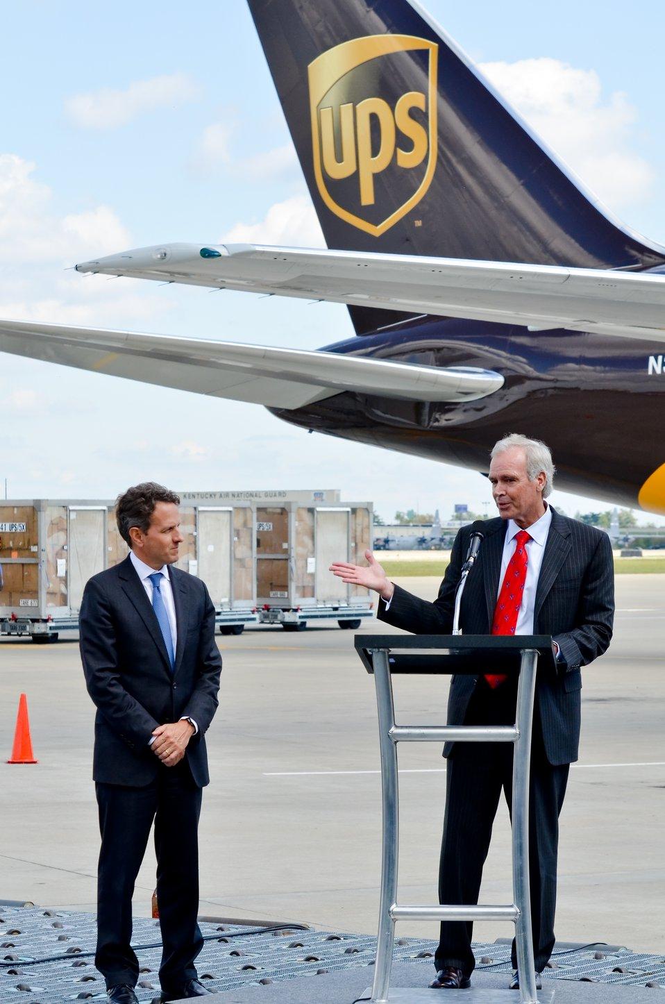Secretary Geithner Visits UPS