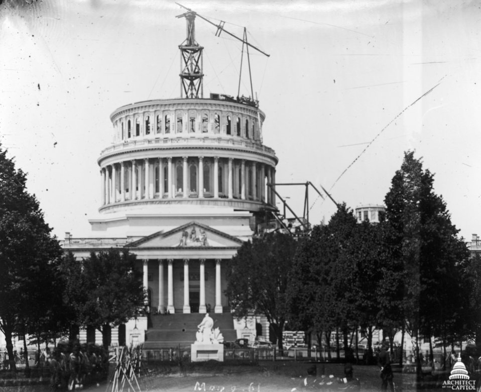 Capitol - 1861 with Union Soldiers