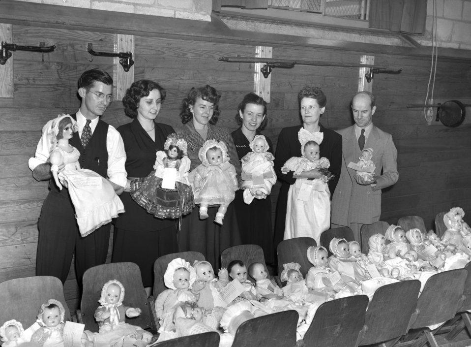Doll Show Glennwood School Oak Ridge 1947