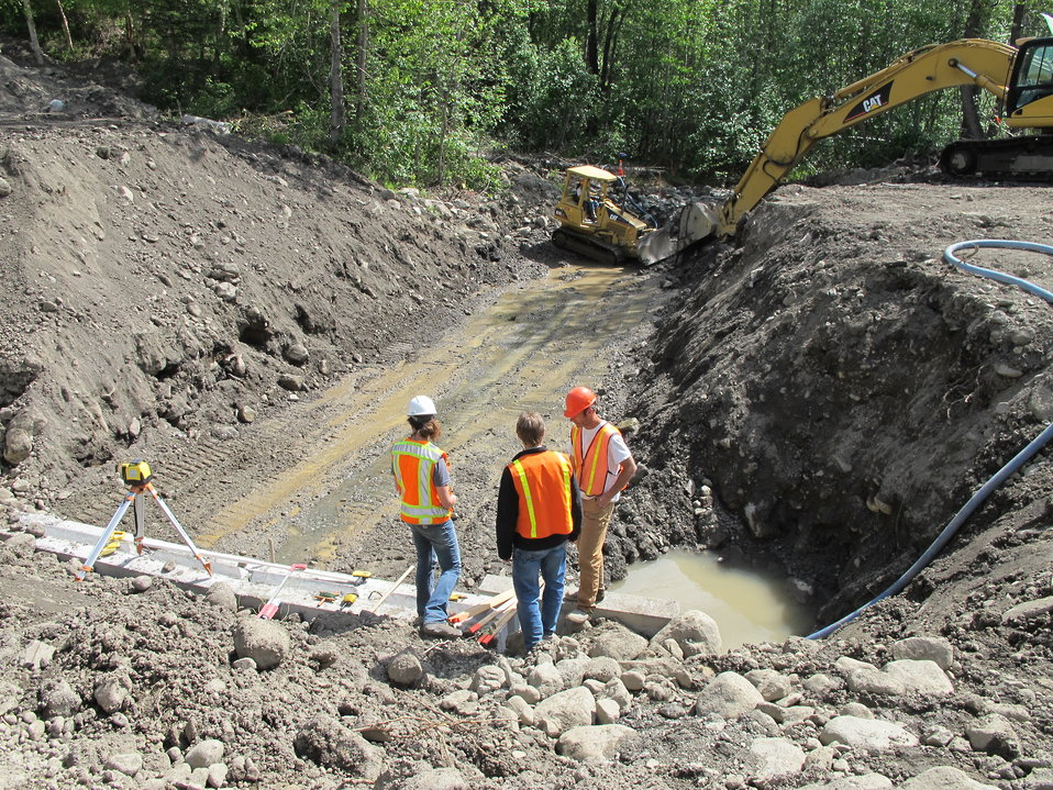 Eska Creek culvert under construction