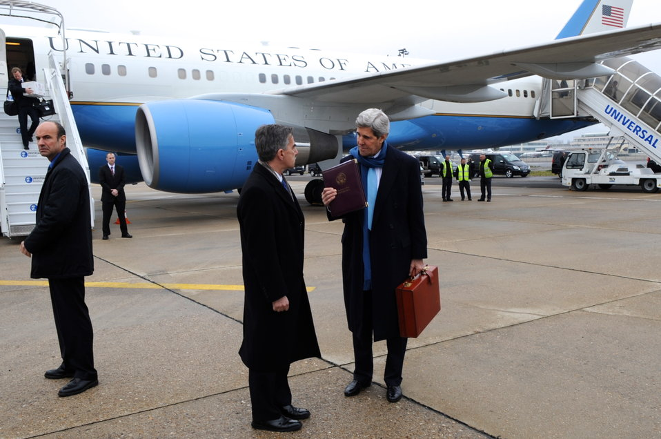 Secretary Kerry Arrives in Paris For London 11 Meeting
