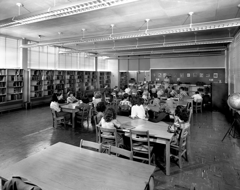 Willow Brook School Inside Oak Ridge 1949