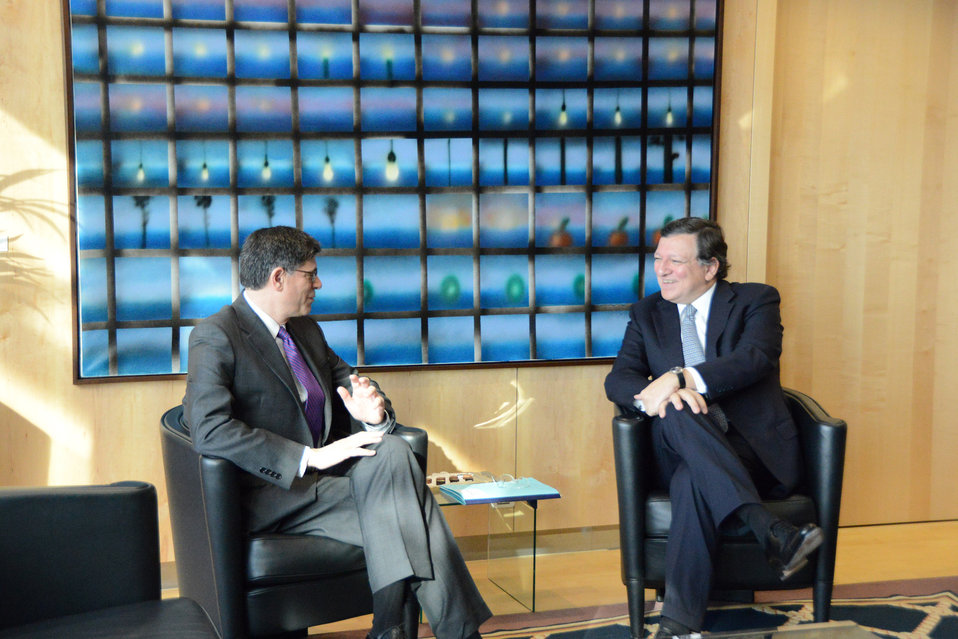 Secretary Lew meets with President of the European Commission José Manuel Barroso in Brussels, April 8, 2013