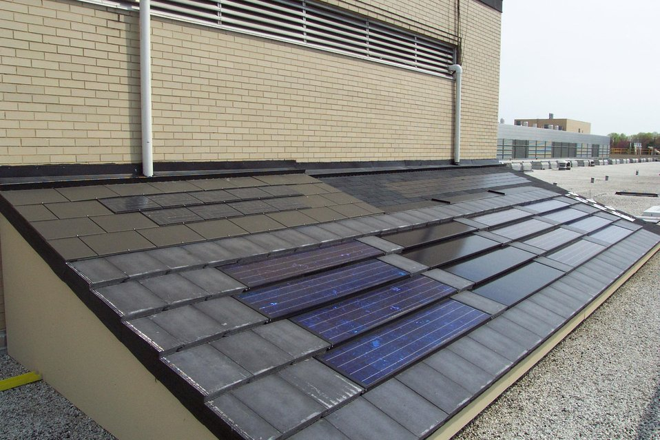 Roof Photovoltaic Test Facility