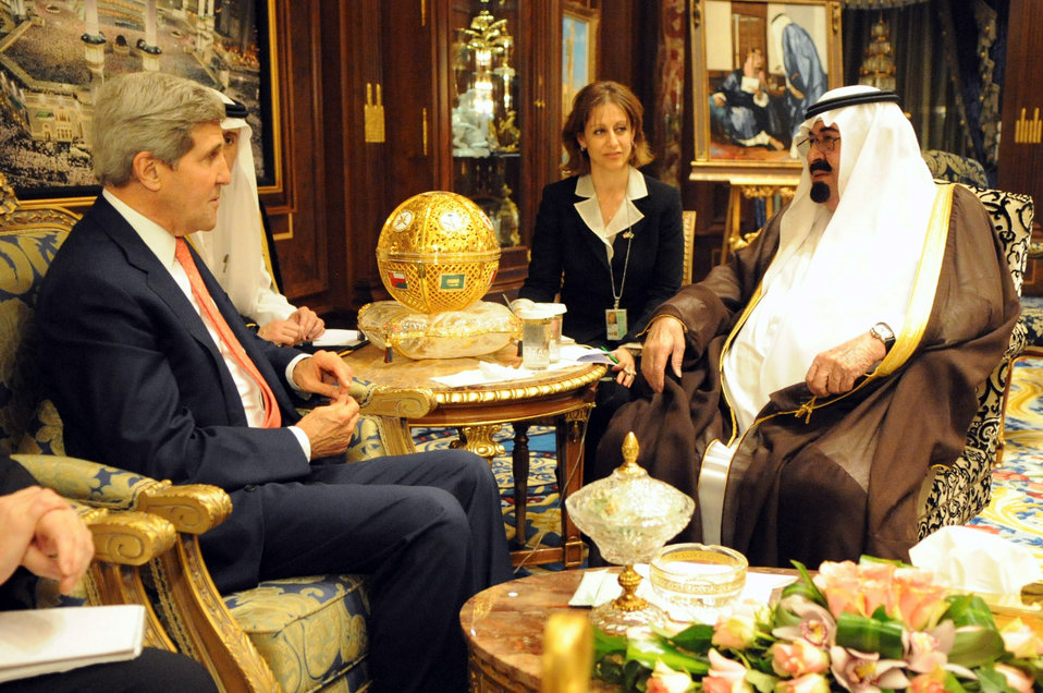 Secretary Kerry Meets With King Abdullah of Saudi Arabia