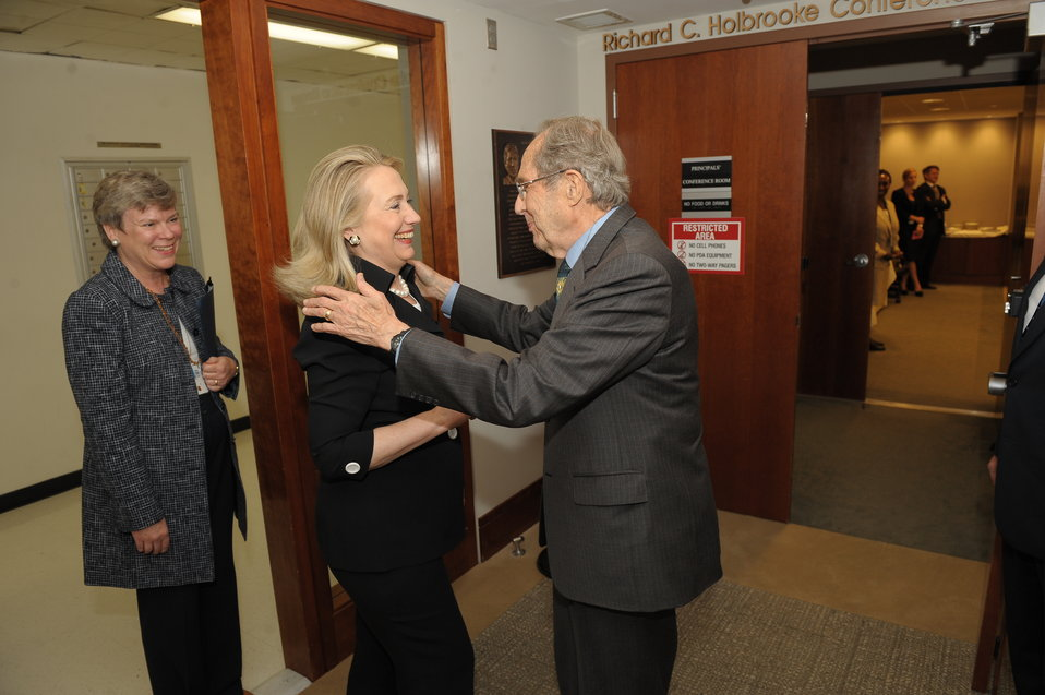 Secretary Perry Meets With Secretary Clinton