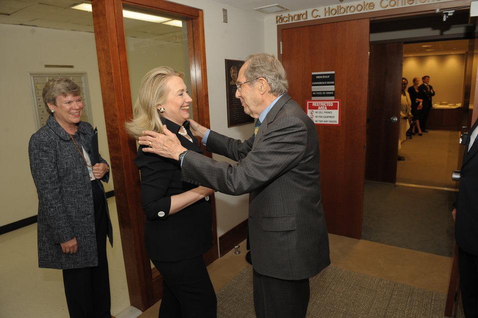 Secretary Perry Meets With Secretary Clinton