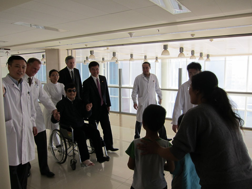 Chen Guangcheng With His Wife and Children