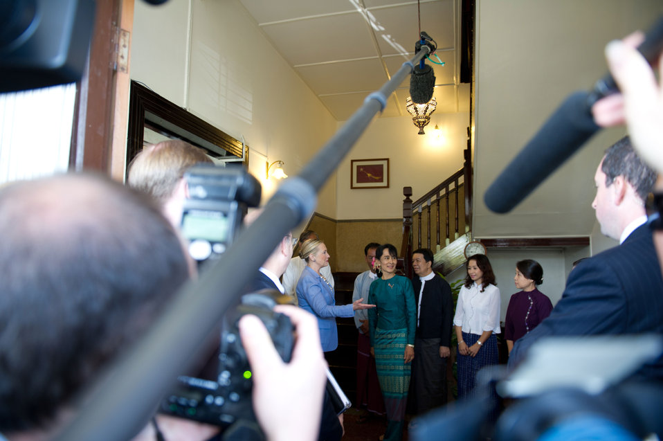 Secretary Clinton Meets with Aung San Suu Kyi