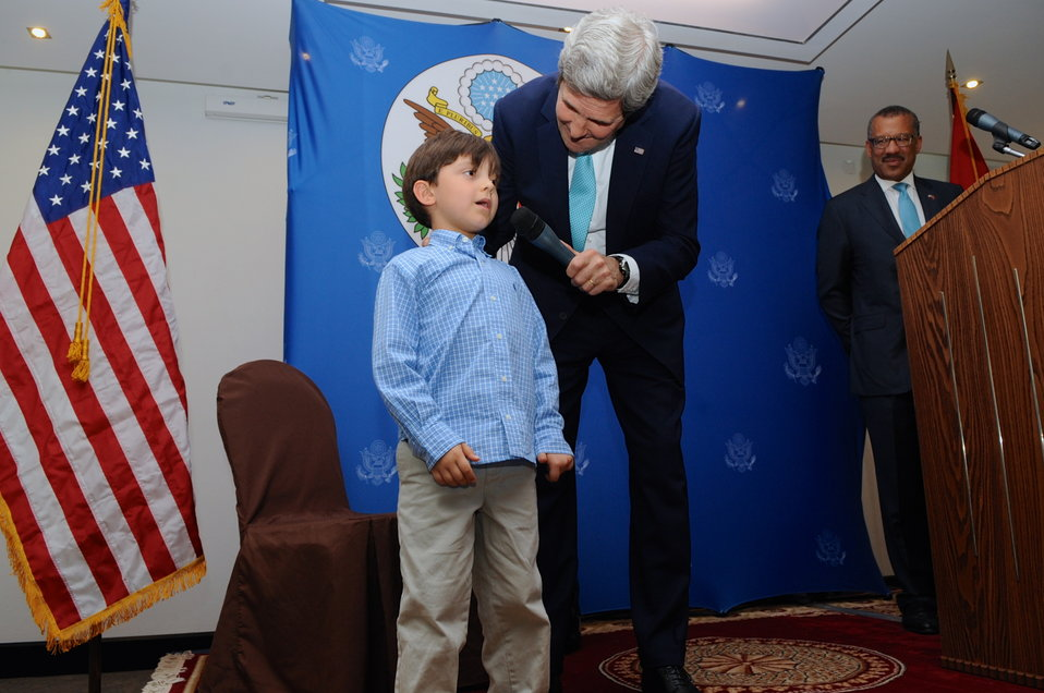 Secretary Kerry Asks Child of Embassy Rabat Staffer To Demonstrate Language Skills