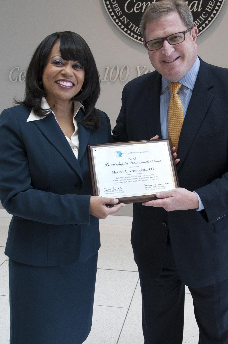 AOA Leadership Award - 9845