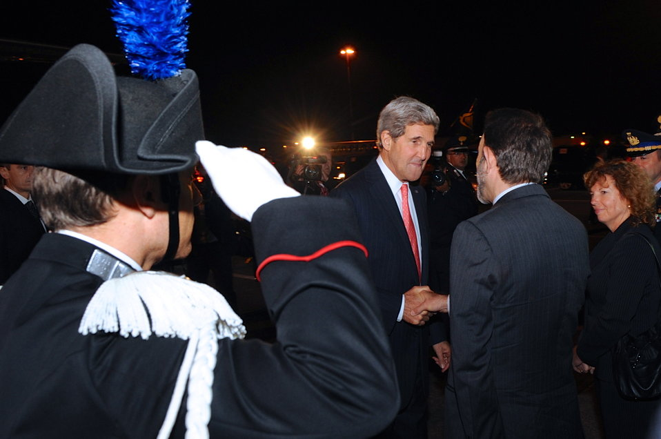Secretary Kerry Arrives in Rome
