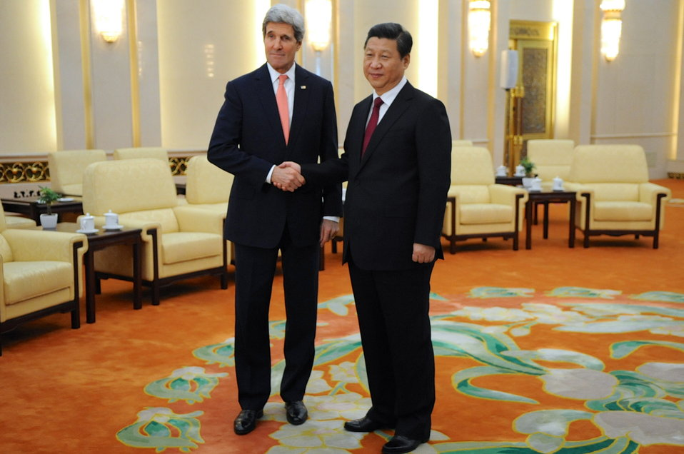 Secretary Kerry and Chinese President Xi Pose for Photographers