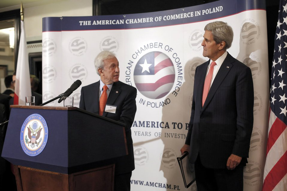 AmCham Chairman Wancer Introduces Secretary Kerry