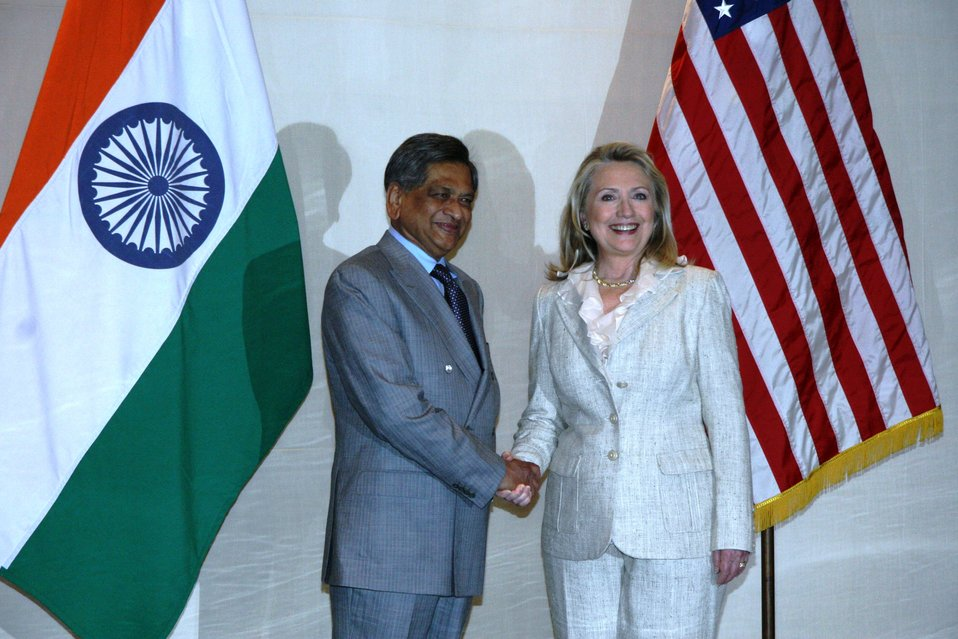 Secretary Clinton Shakes Hands With Indian Minister Krishna