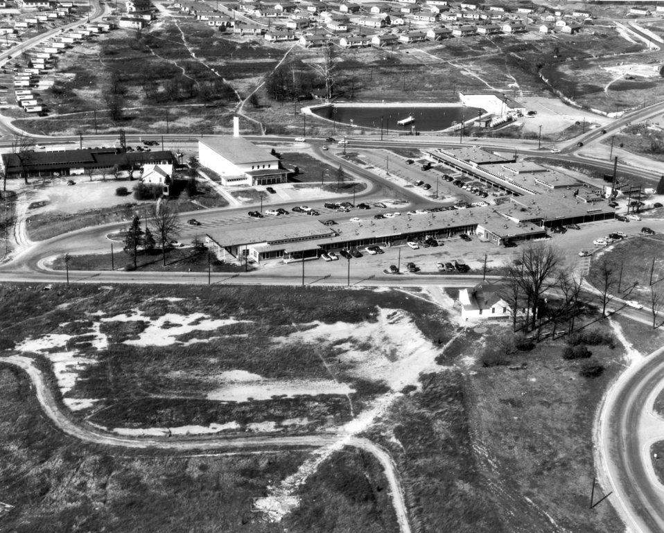 Air View Swimming Pool – Grove Center -1955