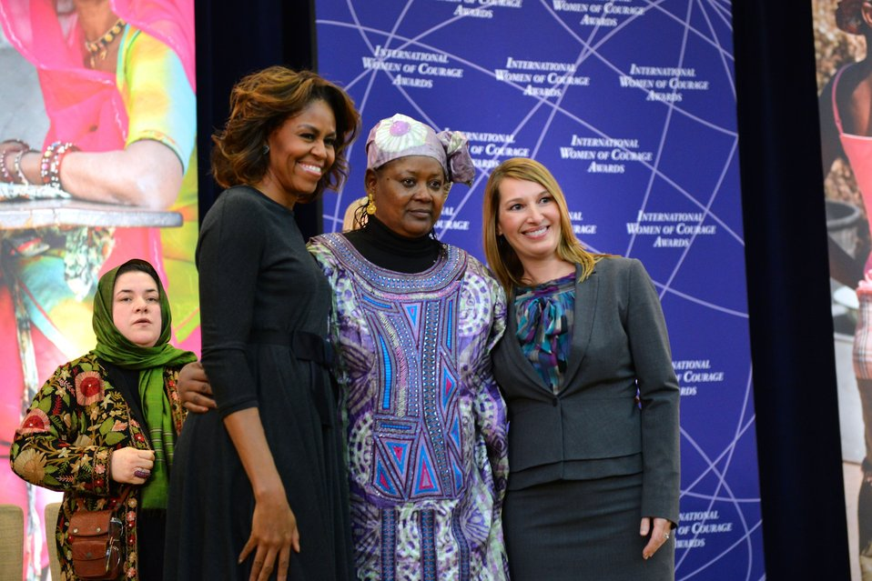 First Lady Michelle Obama and Deputy Secretary Higginbottom With 2014 IWOC Awardee Fatimata Touré of Mali
