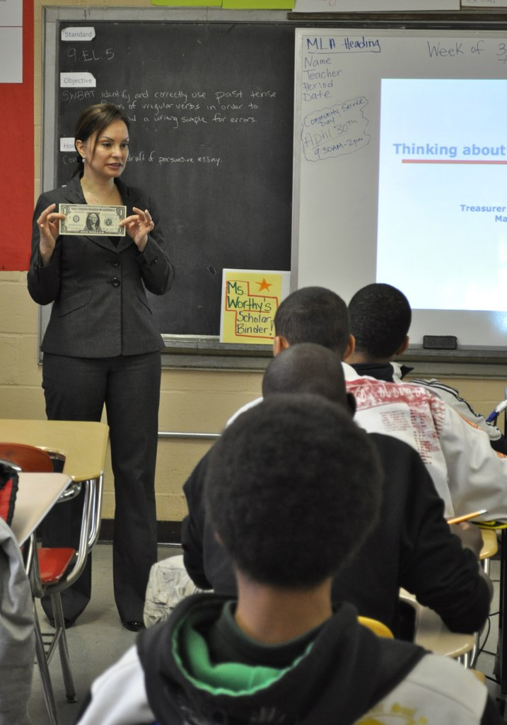 Treasurer Rios Guest Teaching Personal Finance