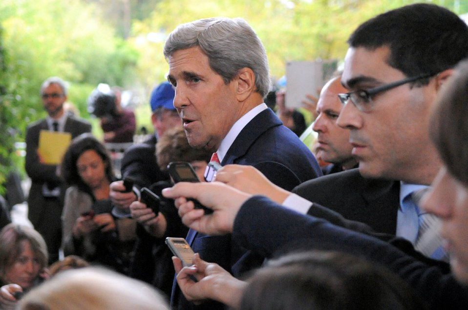 Secretary Kerry Addresses Reporters in Geneva