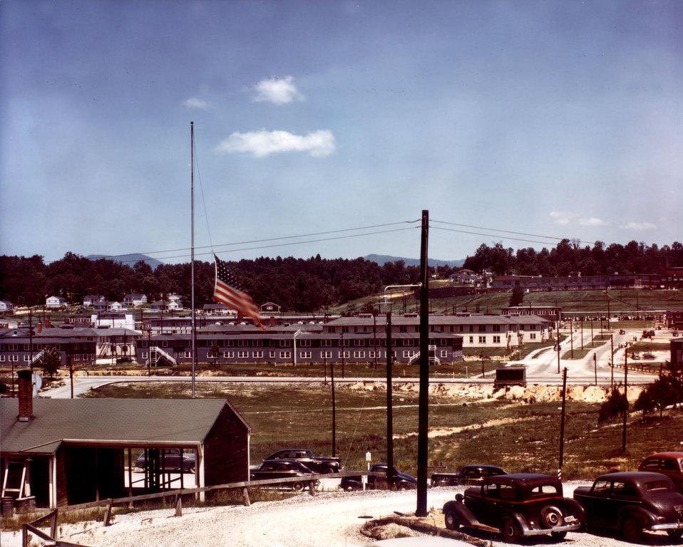 Oak Ridge Turnpike, 1944.