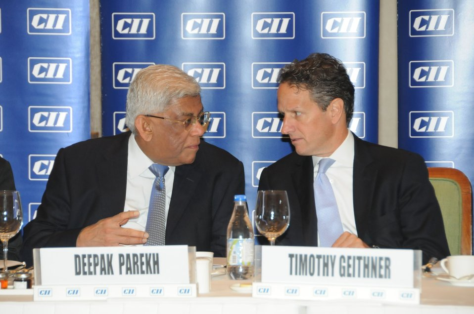 Secretary Geithner meets with India's business leaders
