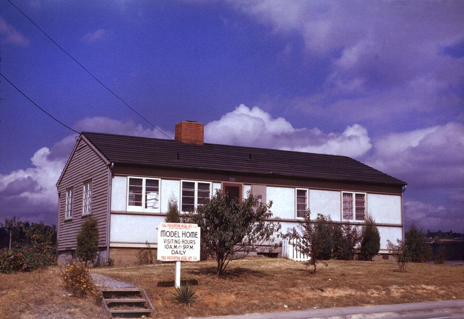 Model House Oak Ridge