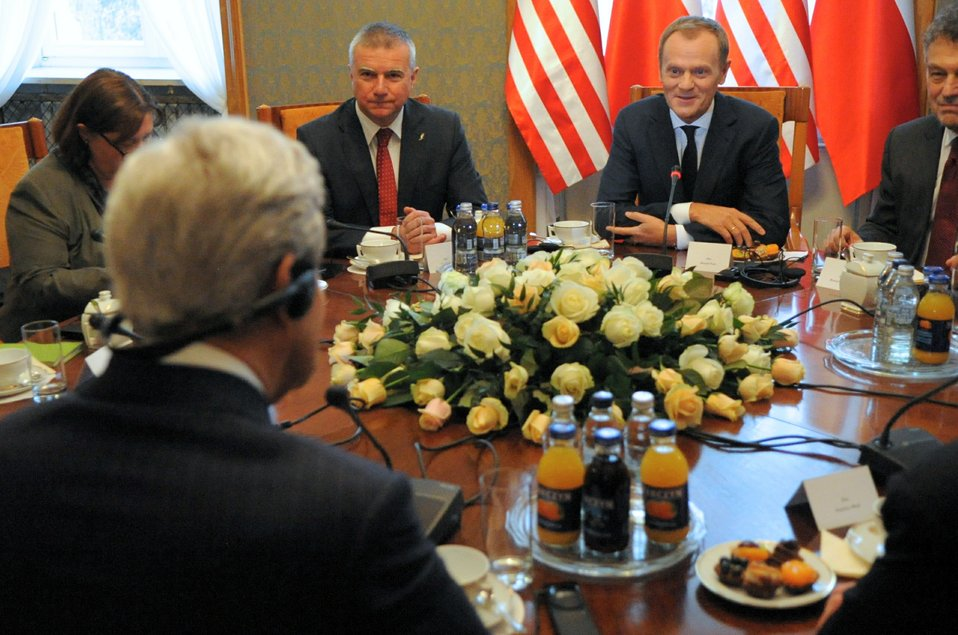 Secretary Kerry Meets With Polish Prime Minister Tusk