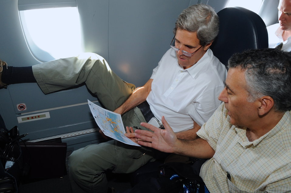 Secretary Kerry, Ambassador Goldberg Review a Map of Typhoon Haiyan's Path
