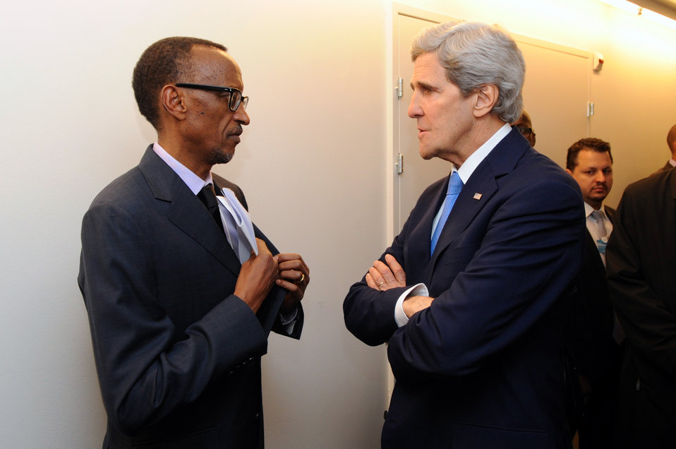 Secretary Kerry Chats With Rwandan President Kagame in Davos